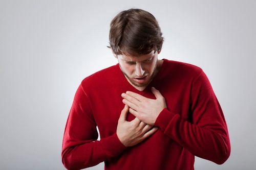 Gejala Embolisme Paru - Yang Harus Diperhatikan kedua sisi dada